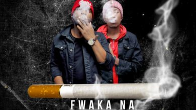 Photo of Young Dee Ft. Jae Cash – Fwaka Na Chusi