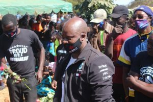 Artists pay their last respect to shimpanzi