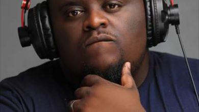Photo of DJ Mzenga Man announces his last and final end of year cypher
